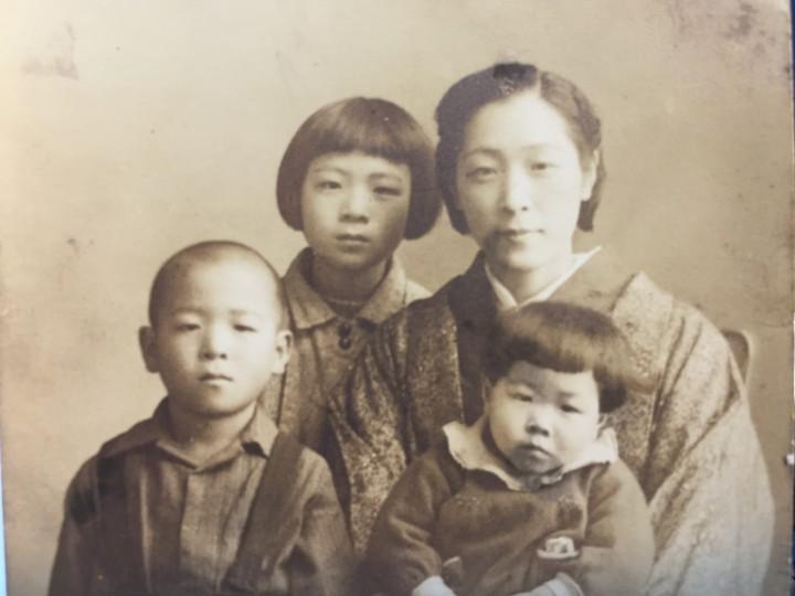 タミさんと子供たち 001
