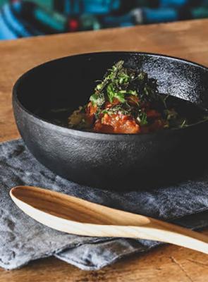 鉄の器15㎝で鯛の韓国風だし茶漬け
