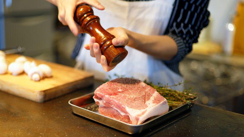 鉄鍋レシピ 豚肉と林檎のブレゼ